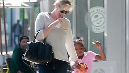 Charlize Theron se synem Jacksonem