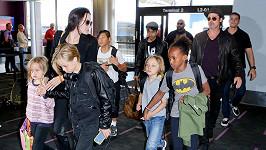Brad Pitt je vyšetřován kvůli nevhodnému chování k jeho dětem.