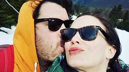 Zamilovaná Kristýna Leichtová s tátou svého budoucího dítěte Vojtou Štěpánkem