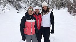 Cindy Crawford se svými sestrami během vánočních svátků