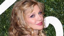Courtney Love už dlouho nevypadala tak hezky.