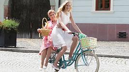 """Vlasta Peterková si """"na stará kolena"""" zahrála v reklamě...."""