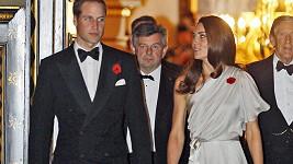 Princ William a jeho žena byli sladěni díky květu máku.