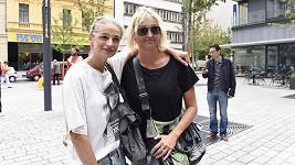 Ivana Jirešová se svou sestrou Martinou.