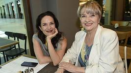 """Tereza Kostková a její maminka Carmen Mayerová se zúčastnily happeningu """"Den pro mou mámu"""", který si klade za cíl pobavit i posílit nejcennější životní vztah."""