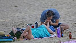 Adam Shulman bude jistě nejen starostlivý manžel, ale i otec.