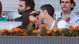 Irina Shayk a Cristiano Ronaldo na tenisovém zápase.