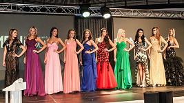 Finalistky soutěže krásy se za krátký čas nečekaně vyvinuly.