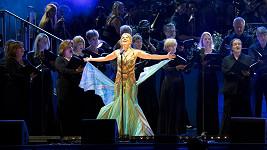 Sopranistka vypadala jako nádherný motýl.