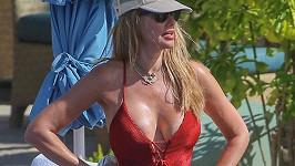 Modelka Susan Holmes je stále kus.