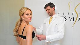 Topmodelka Simona Krainová, která je pro mnohé i po čtyřicítce sex symbol, se přeci jen vydala s poprsím na plastickou chirurgii.