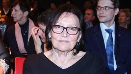 Marta Kubišová si při pádu poranila bránici.