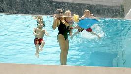 Matka Britney Spears má v šestapadesáti skvělou postavu.