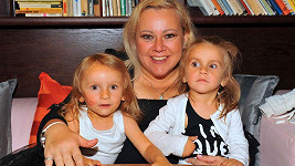Petra Slaninová s dcerami Sárou a Stellou