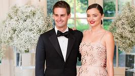 Miranda Kerr a Evan Spiegel se vzali.