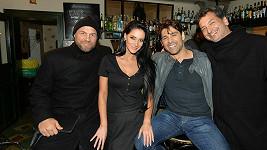 Andrea s Randym Couturem z Postradatelných (vlevo)