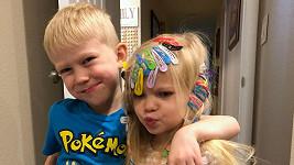 Bridger Walker s mladší sestřičkou