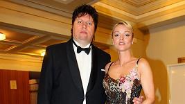 Manžel Dominiky Gottové vyhrožuje sebevraždou.