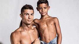 Cristiano Ronaldo se synem