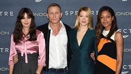 Daniel Craig a všechny jeho múzy ze nové bondovky Spectre
