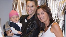 Zuzana dorazila na focení s devítiměsíční dcerkou Lili.