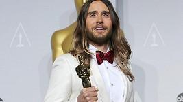 Jared Leto se svým Oscarem