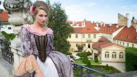 Veronika Kašáková vypadala v barokním kostýmu krásně.