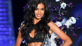 Kelly Gale na VS Fashion Show v Šanghaji