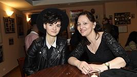 Alena Mihulová s dcerou Karolínou