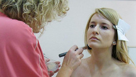 Lenka Špillarová z VIP zpráv bez make-upu