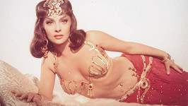 Gina Lollobrigida patří mezi nejslavnější italské herečky právem...
