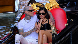 Kourtney Kardashian a Travis Barker v Benátkách