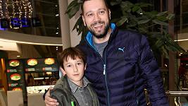 Ruda z Ostravy a jeho syn Alex vyrazili do kina.