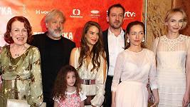 Při premiéře filmu Teroristka Luďan Vilhelmovou něžně držel.