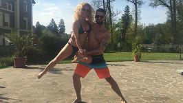 Eva Krejčířová a Lukáš Hojdan spolu začali tančit, připravují vystoupení a trénují na soutěž.