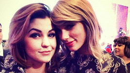 Celeste Buckingham s Taylor Swift