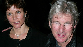 Richard Gere a Carey Lowell čeká brzký rozvod.