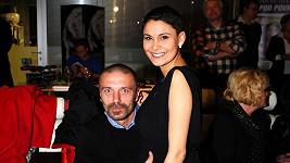 Vlaďka Erbová a Tomáš Řepka si chtějí užívat Vánoce a proto práci neřeší.