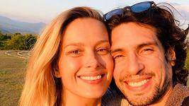 Petra Němcová s manželem Benjaminem Larretchem