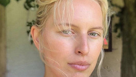 Karolína Kurková bez make-upu