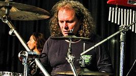 Martin Melničenko zemřel.