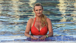 Jana Adamcová se těší z nové pracovní nabídky.