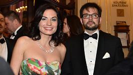 Vdovu po slavném architektovu Janu Kaplickém doprovázel do Státní opery její kamarád.