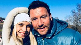 Michal Janotka s přítelkyní Karolínou