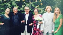Herečka se pochlubila svatebními fotografiemi.