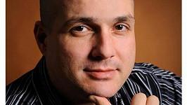 Herec Dušan Cinkota byl odsouzen k osmi letům vězení. Na místě se odvolal.