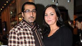 Ali Amiri s přítelkyní Petrou.