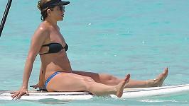 Jennifer Aniston si užívá na Bahamách.
