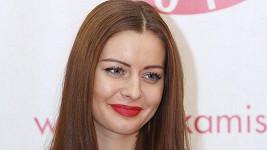 Oporou soutěžícím slečnám byla úřadující Česká Miss Tereza Chlebovská vroli jedné zporotkyň.