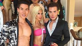 Justin, Frenchy a Rodrigo se spolu objeví v bizarním pořadu Plastics of Hollywood.